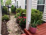 2049 Queens Point Dr - Photo 45