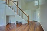 802 Old Mill Ct - Photo 4