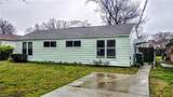 343 Woodview Ave - Photo 2