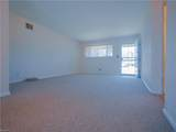 2053 Parkview Ave - Photo 6