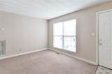 910 28th St - Photo 4