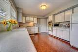 2848 Point Dr - Photo 19