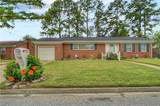 2848 Point Dr - Photo 2
