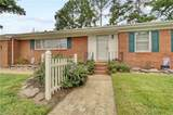 2848 Point Dr - Photo 4