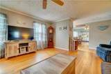 2848 Point Dr - Photo 7