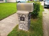 705 Roosevelt Ave - Photo 2