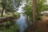 620 Lake Point Cir - Photo 2
