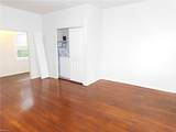 327 30th St - Photo 3