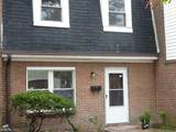 104 Bristol Ave - Photo 1