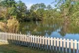 2476 Mirror Lake Dr - Photo 33
