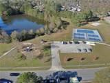 2476 Mirror Lake Dr - Photo 44