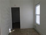 752 32nd St - Photo 3