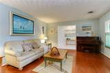 2637 South Kings Rd - Photo 9
