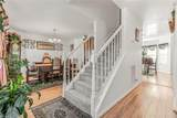 653 Bell St - Photo 2