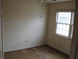 5601 New Colony Dr - Photo 10