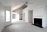4560 Carriage Dr - Photo 9