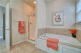 909 12th St - Photo 18
