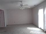 773 Westminster Ln - Photo 15