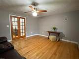 8343 Pineview Rd - Photo 17