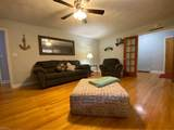 8343 Pineview Rd - Photo 5