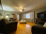8343 Pineview Rd - Photo 8