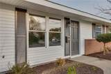 44 Diggs Dr - Photo 4