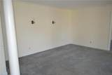 1220 Kingsway Dr - Photo 3