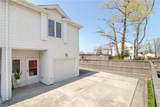 731 15th St - Photo 1