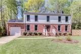 104 Lexington Dr - Photo 3