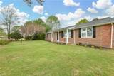 2750 Meadow Dr - Photo 3
