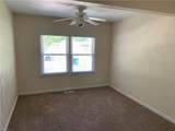 940 Redwood Cir - Photo 16