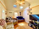926 Brentwood Dr - Photo 2