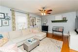 203 Sir Oliver Rd - Photo 17