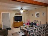 709 Lawrence Dr - Photo 19
