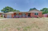 2916 Point Dr - Photo 1