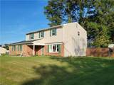 3301 Guenevere Dr - Photo 2