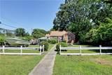 1205 Hampton Dr - Photo 2
