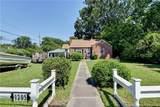 1205 Hampton Dr - Photo 3