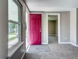 313 Saint James Ave - Photo 3