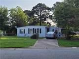 2501 Berkley Ave - Photo 2