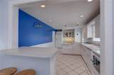 8429 Capeview Ave - Photo 16