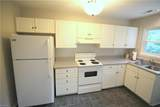 2804 Southport Ave - Photo 4