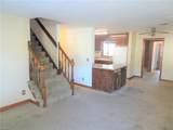 1231 Maplewood Ave - Photo 3