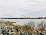 28 Waters Edge Cir - Photo 2