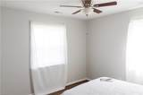 8509 Orcutt Ave - Photo 17