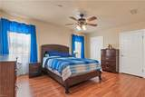 1820 Bloomfield Dr - Photo 11