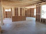 1011 Pernell Ln - Photo 4