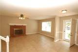 1009 Deerwood Dr - Photo 3