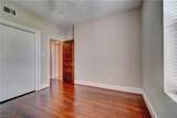 1009 Colonial Ave - Photo 30