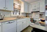 128 Queen Mary Ct - Photo 10